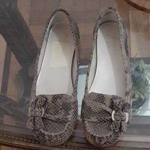 Anne Klein iflex snake skin look leather shoes 6